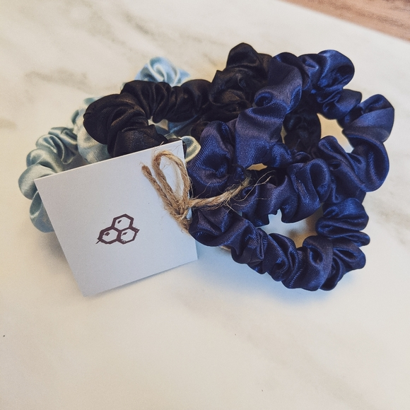 Satin Scrunchie Bundle | BOUTIQUE ✨